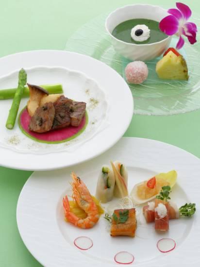 初夏の中国料理賞味会 6月18日(火) [ラウンジバー『リラ』]